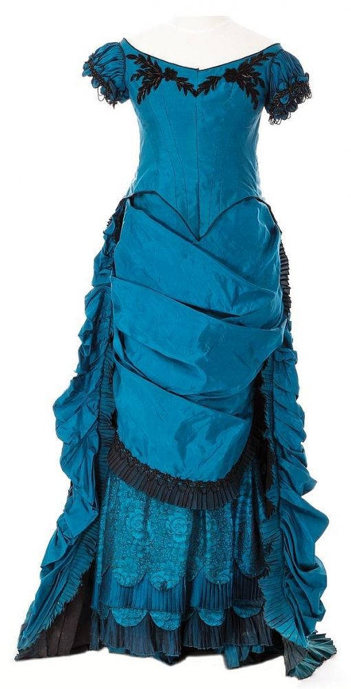 Actual blue bustle dress from Interview with the vampire.
