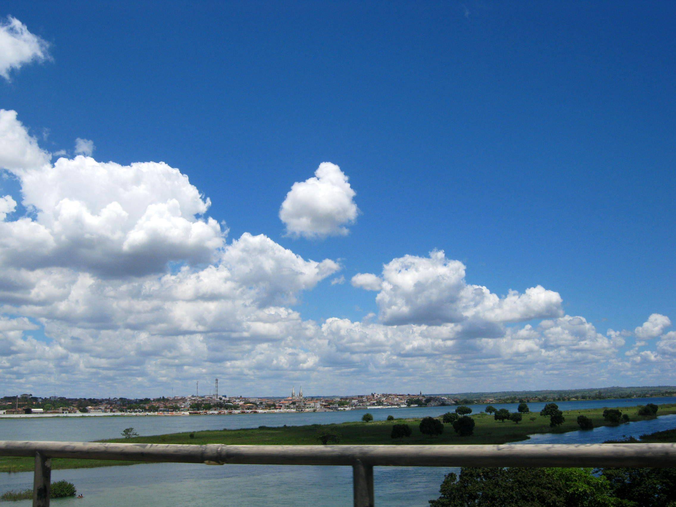 Nuvens que mais parecem flocos de algodão!