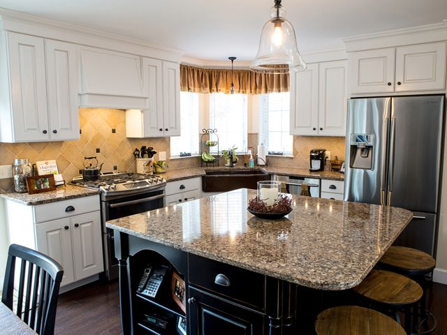 Cabinetry Flooring And More York Pa Transitional Kitchen Kitchen Cabinetry