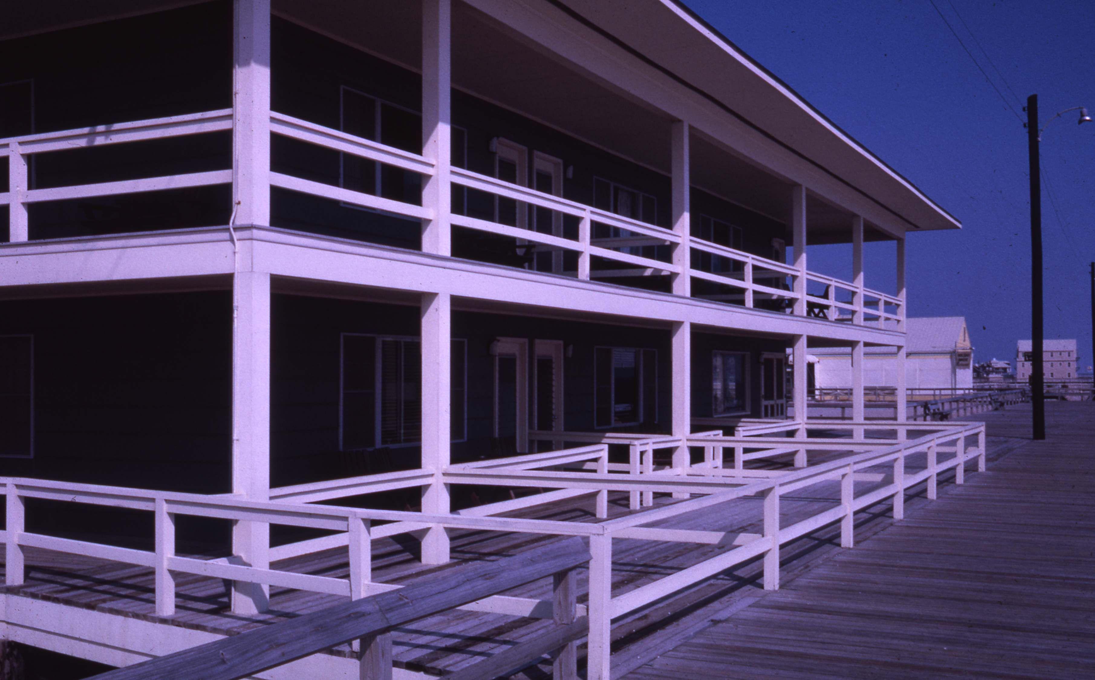 Bethany Beach Blue Surf Hotel 9015 036 001 5229 Delaware