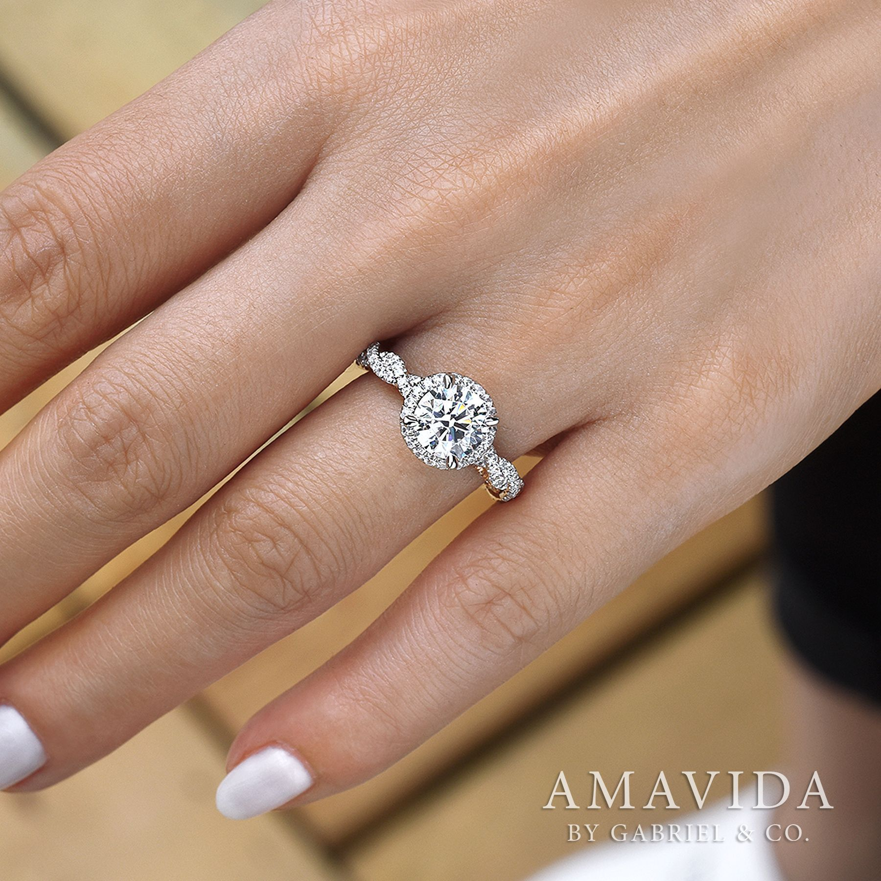 engagement white round with pin cut and custom rings trillion diamonds ct diamond mociun