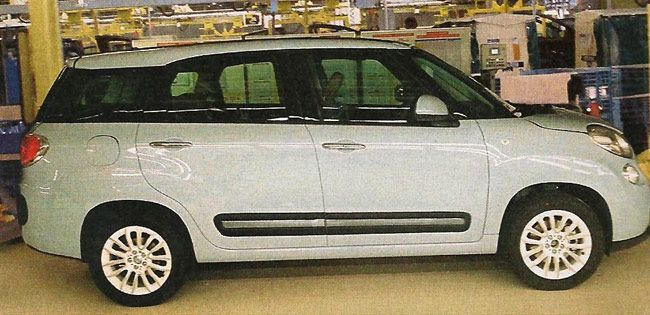 Fiat 500xl Mpv Spotted To Rival Maruti Suzuki Ertiga In India