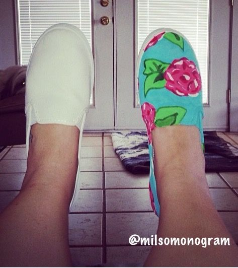 DIY on these adorable shoes!  www.milsomonogram.com/blog #lillypulitzer #diy #summer #easy #cheap