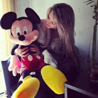 صور بنات بالحجاب صور حجاب للبنات رمزيات محجبات Mickey Mouse Mickey Mouse Images Mickey