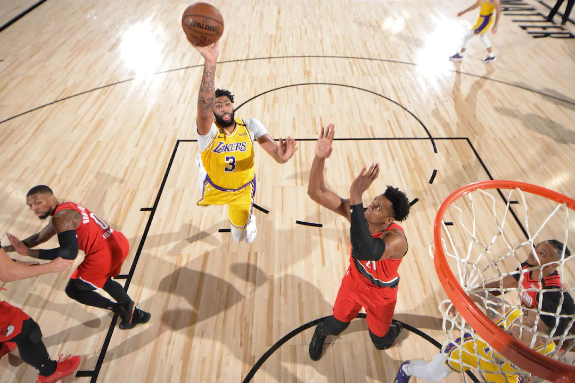 Nba Playoffs Update Los Angeles Lakers And Milwaukee Level Series Plus Other Game 2 Results In 2020 Nba Playoffs Playoffs Nba