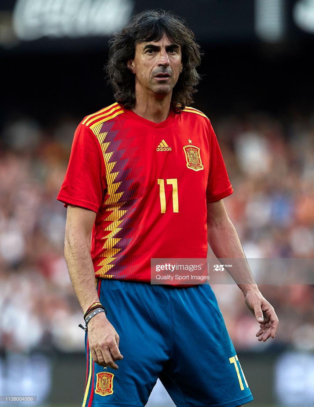 News Photo Jose Emilio Amavisca Of Spain Legends Looks On Legend Emilio That Look