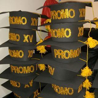 Fiestas de graduacion de bachillerato decoracion buscar for Decoracion de licenciatura