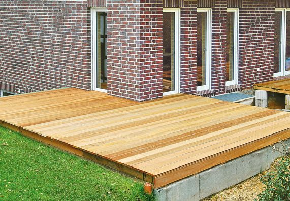 terrasse anlegen mit obi klappt s in 6 schritten terrasse anlegen terrasse und au engestaltung. Black Bedroom Furniture Sets. Home Design Ideas