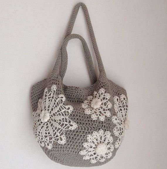 Crochet bag pattern tote bag with doilies by Chicandsimplicity