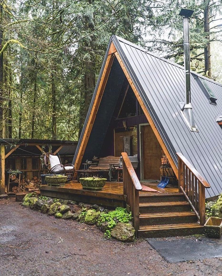 I Am On Such An A Frame Kick Lately Building A Tiny House Small Log Cabin Log Cabin Homes