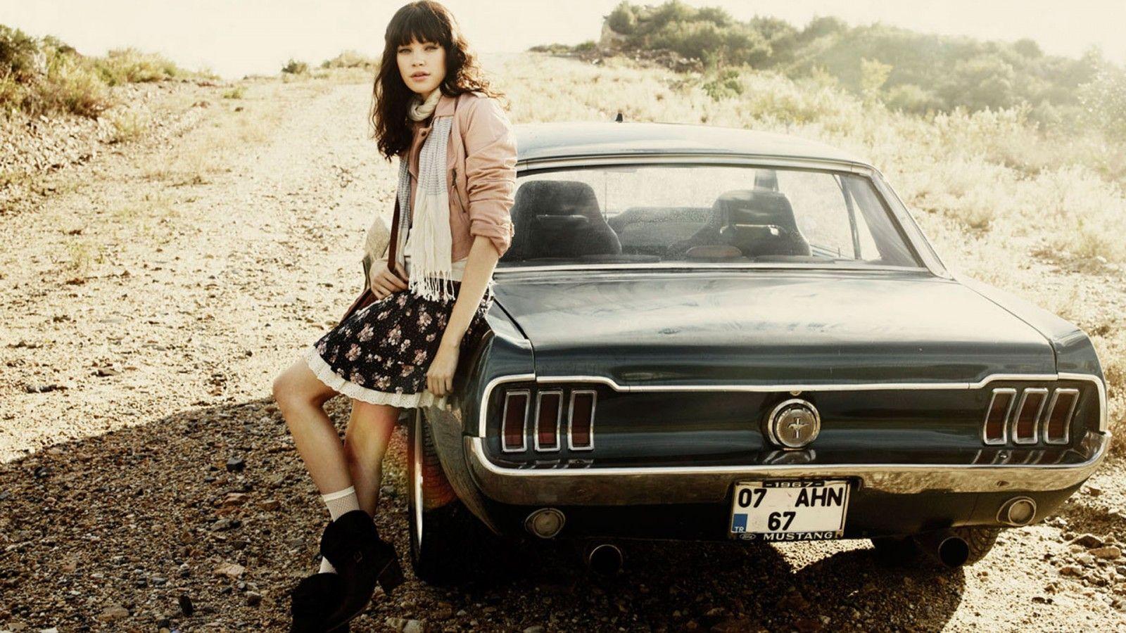 Ford mustang road gravel vintage girl skirt