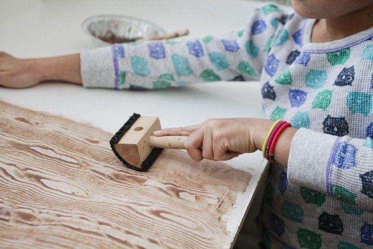 Peinture effet bois pour cr er un int rieur r solument chaleureux bricolage interieur et for Peinture effet bois