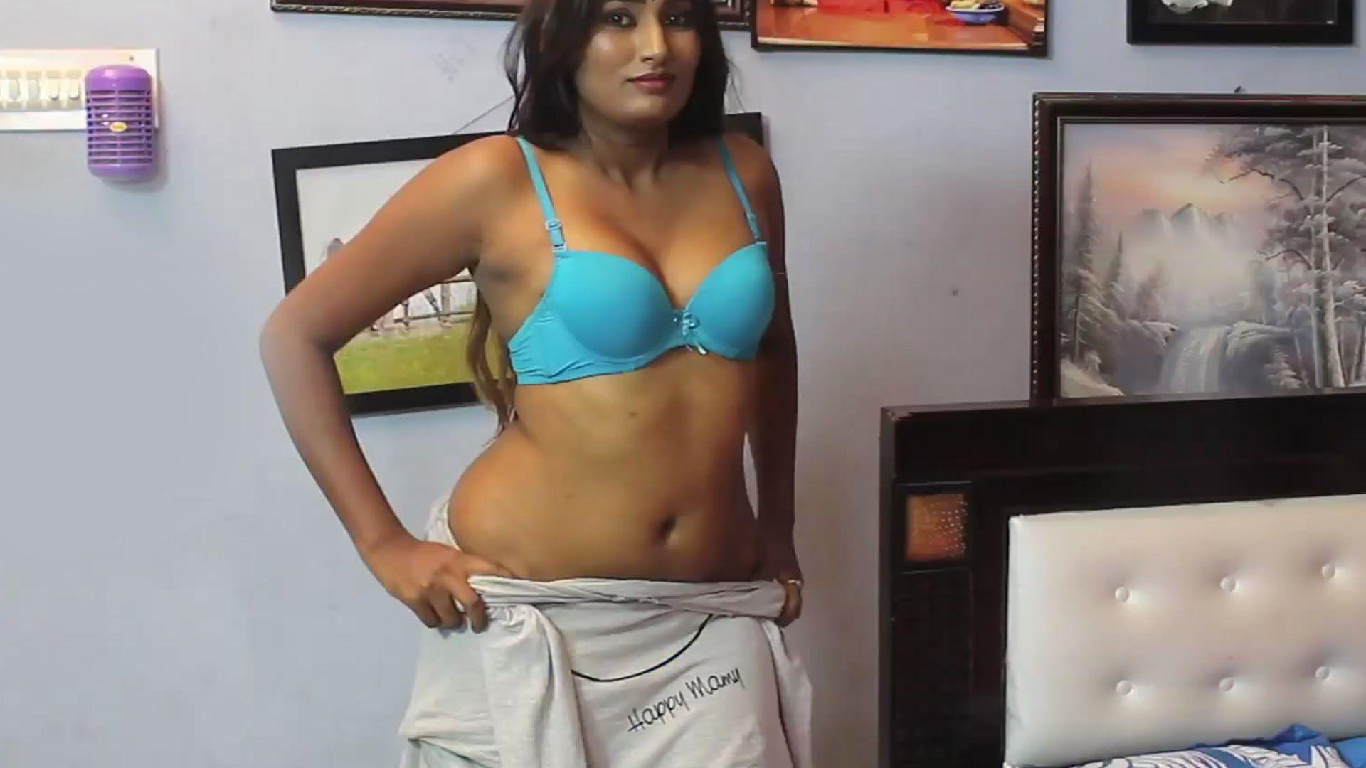 Youtuber 003 swathi naidu bikini photoshoot