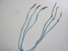 CH.001Y.lb- 3 stuks kant en klare halsketting gevlochten lichtblauw imitatie leder halsketting 48cm - SUPERLAGE PRIJS!