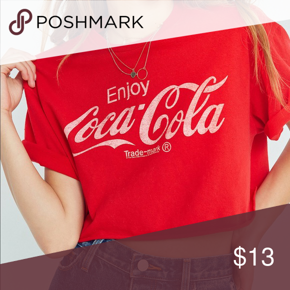 533d4d5e9a465 Crop top Red Coca Cola cropped t-shirt Forever 21 Tops Crop Tops ...