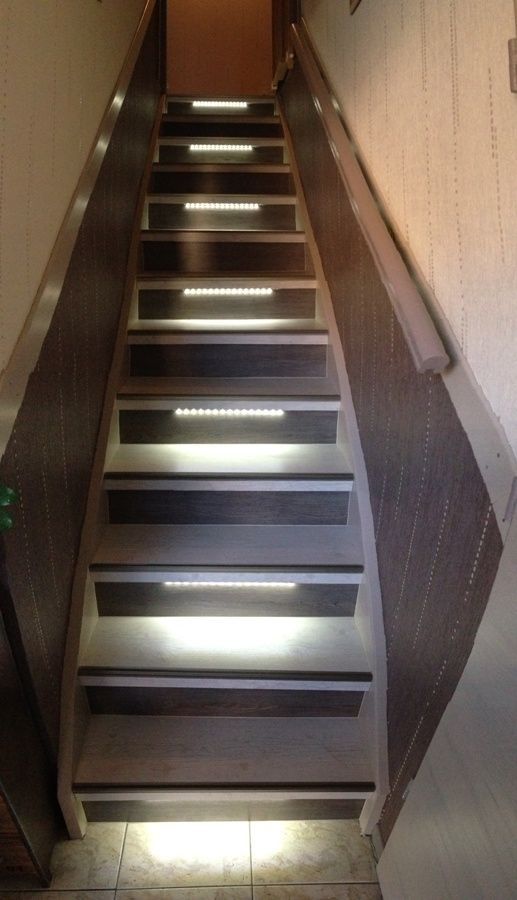 Renovation Escalier Avec Eclairage Leds Escalier Bois Escalier Beton Renovation Escalier Bois