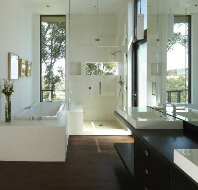 Badezimmer gestalten Ideen Duschkabine Glas freistehende Badewanne ...