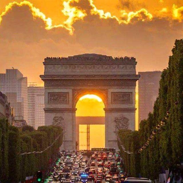 Champs Elysees Paris, Always Amazing  Thanks to Amazing Facebook Friend Wazim Photos Avenue des Champs-Élysées  Paris,  Always an  Amazing idea!© #paris #parisalwaysanamazingidea #arcdetriomphe triomphe #champselysees #champselyseesparis #champselysees_paris  #visitfrance #luxury  #vipparis #VisitParis  #france #instagood #instalike #bestoftheday #tagforlikes #gorgeous #巴黎 #巴黎世家 #followme #amazing #париж #picoftheday #ب اريس.  #Parisphoto