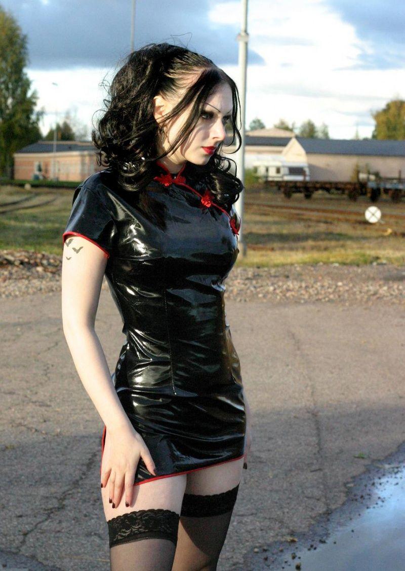 Cheeky Chunky Freaky And Funky Goth Fashion Metal Girl
