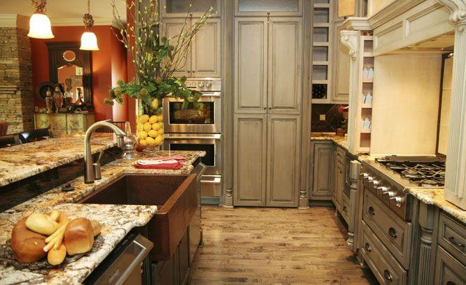 Kitchen Remodeling,MA,RI,new Kitchen Construction,custom Kitchens,kitchen  Islands,countertops, Cabinets