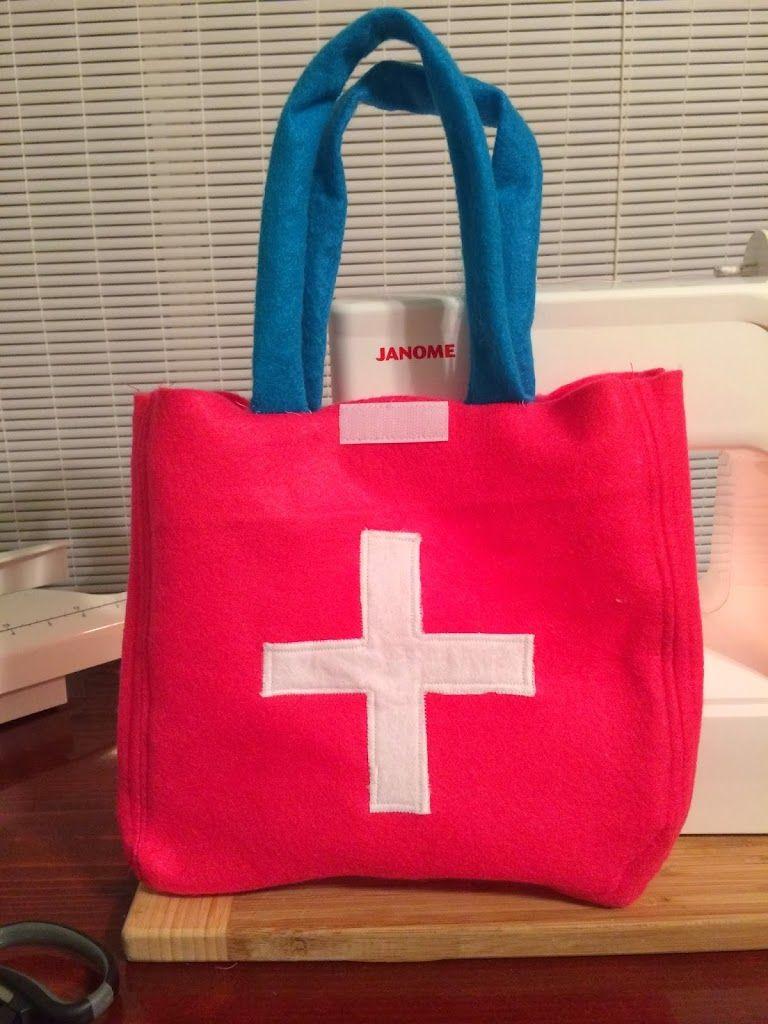 Kid\'s Felt Doctor Bag Tutorial | Ali Cat & Co. | Sewing | Pinterest ...
