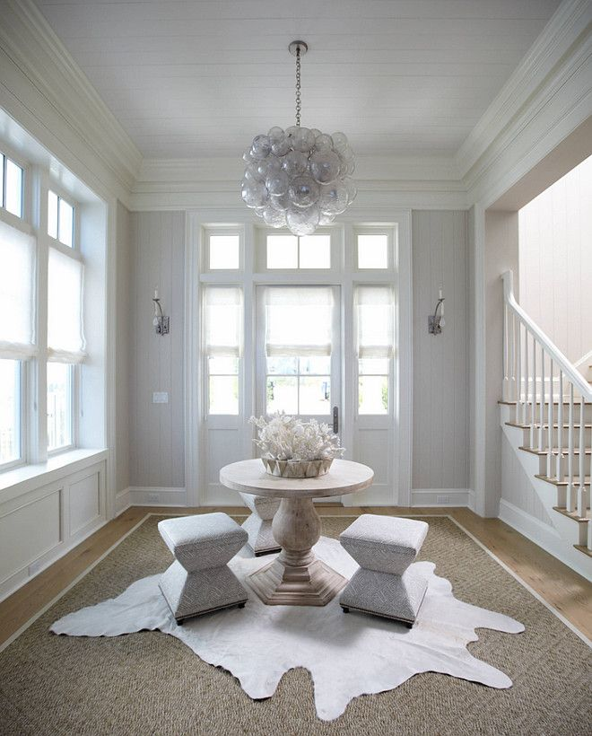 Amazing Gallery Of Interior Design And Decorating Ideas Of Round Entry  Table In Dining Rooms, Entrances/foyers, Living Rooms By Elite Interior  Designers.