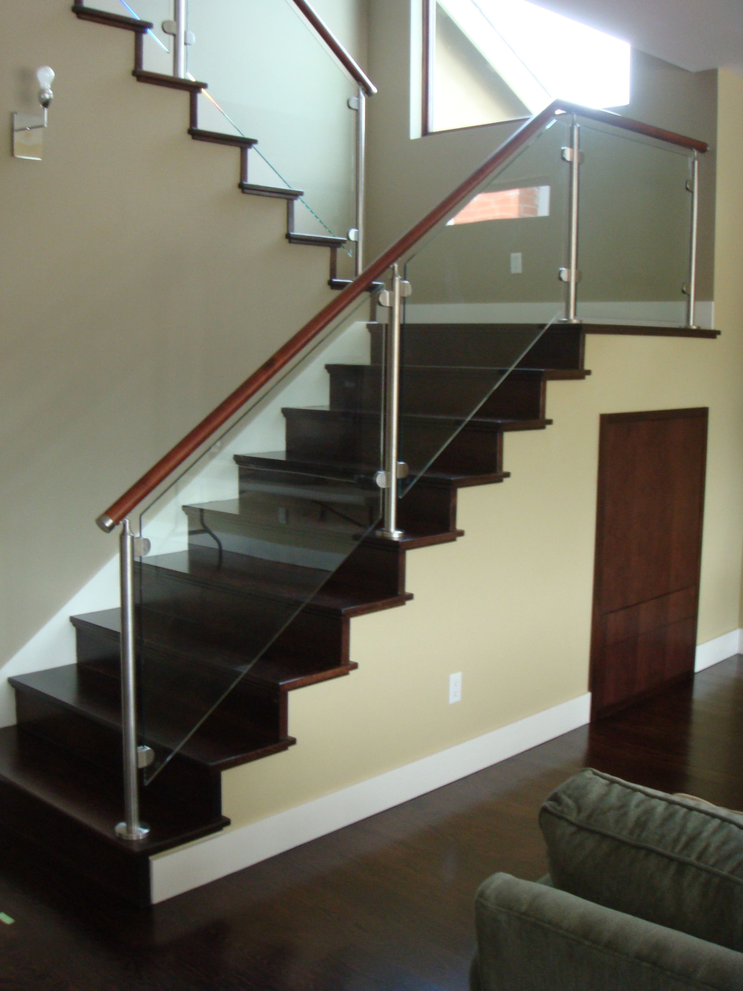 Best Our Stainless Railing With Round Glass Clamps And A 400 x 300