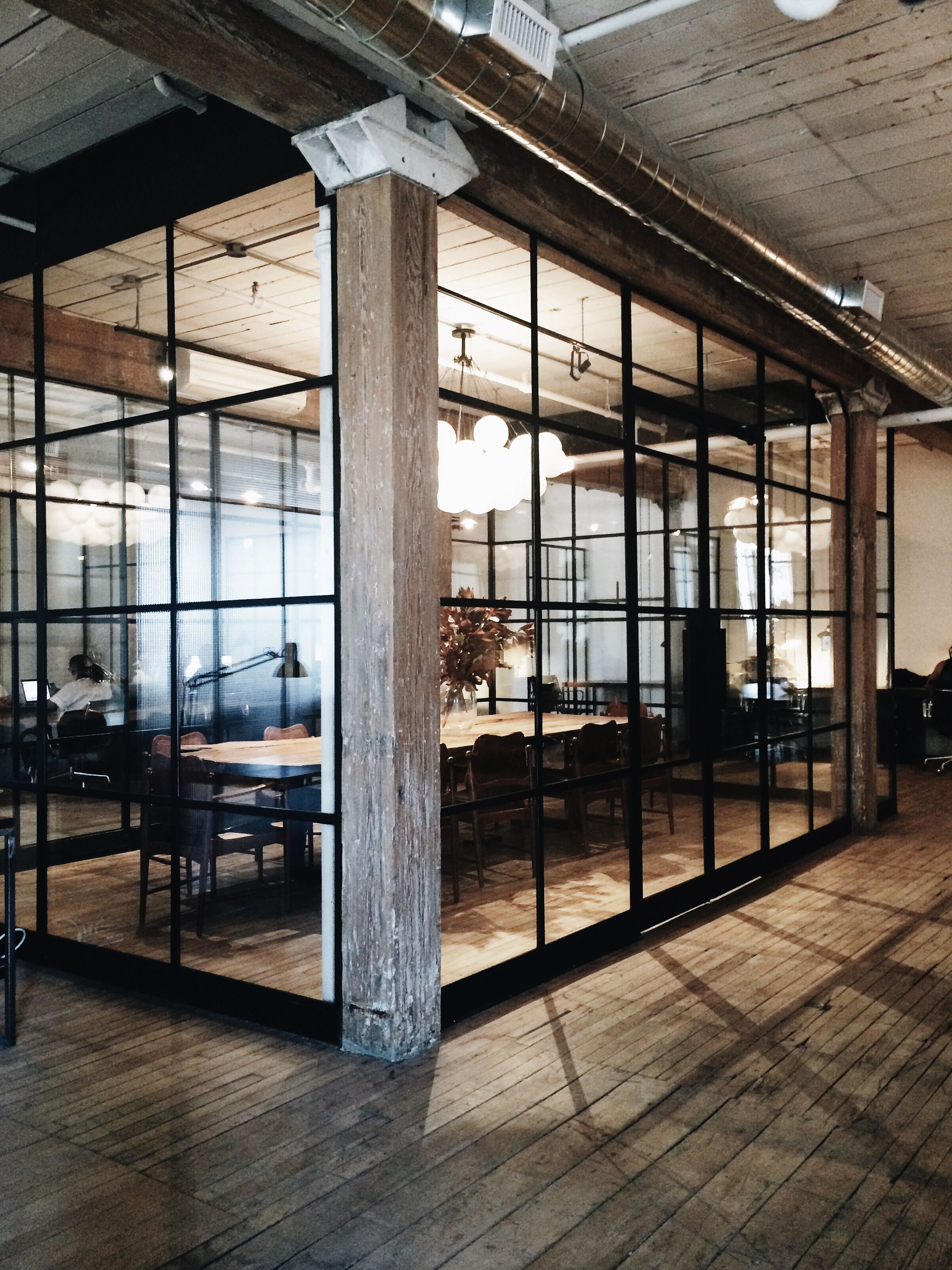 Dream office coworking in style at east room pinteres for Industrial office interior