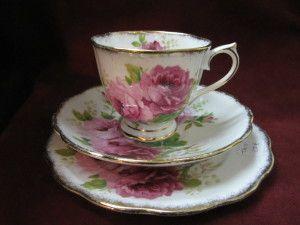 tasse royal albert american beauty porcelaines. Black Bedroom Furniture Sets. Home Design Ideas