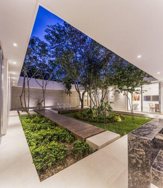 Galeria De Casas Exteriores: Gallery Of House Between Trees / AS Arquitectura