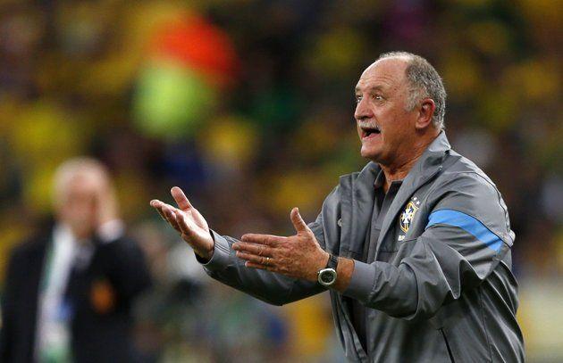 Del técnico brasileño Luiz Felipe Scolari reacciona durante el partido final de la Copa Confederaciones de fútbol contra España en el Estadio Maracaná en Río de Janeiro