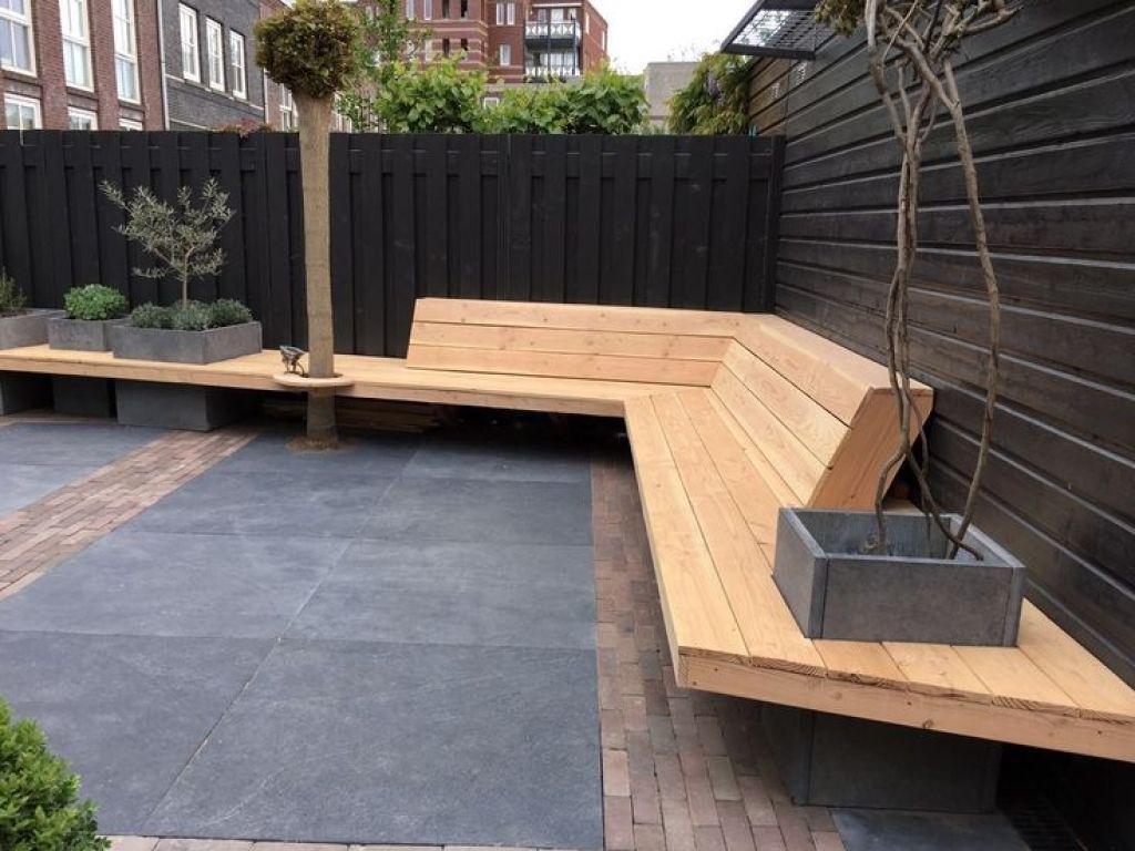 Houten Balkon Tegels : Realisatie tuin bestrating hergebruik oude stenen en tegels houten