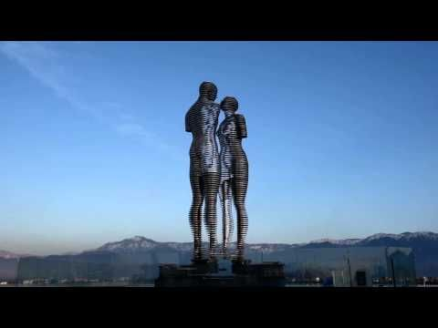 Ali And Nino Man And Woman The Statue Of Love Sculpture In Georgia Youtube Love Statue Statue The Incredibles