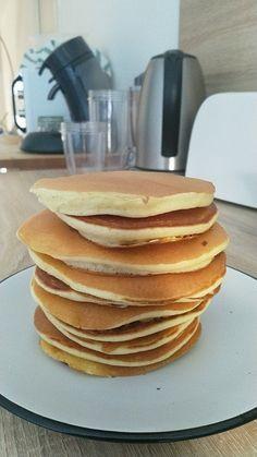 Recette Pancakes très moelleux facile et rapide - HerveCuisine.com #dessertfacileetrapide