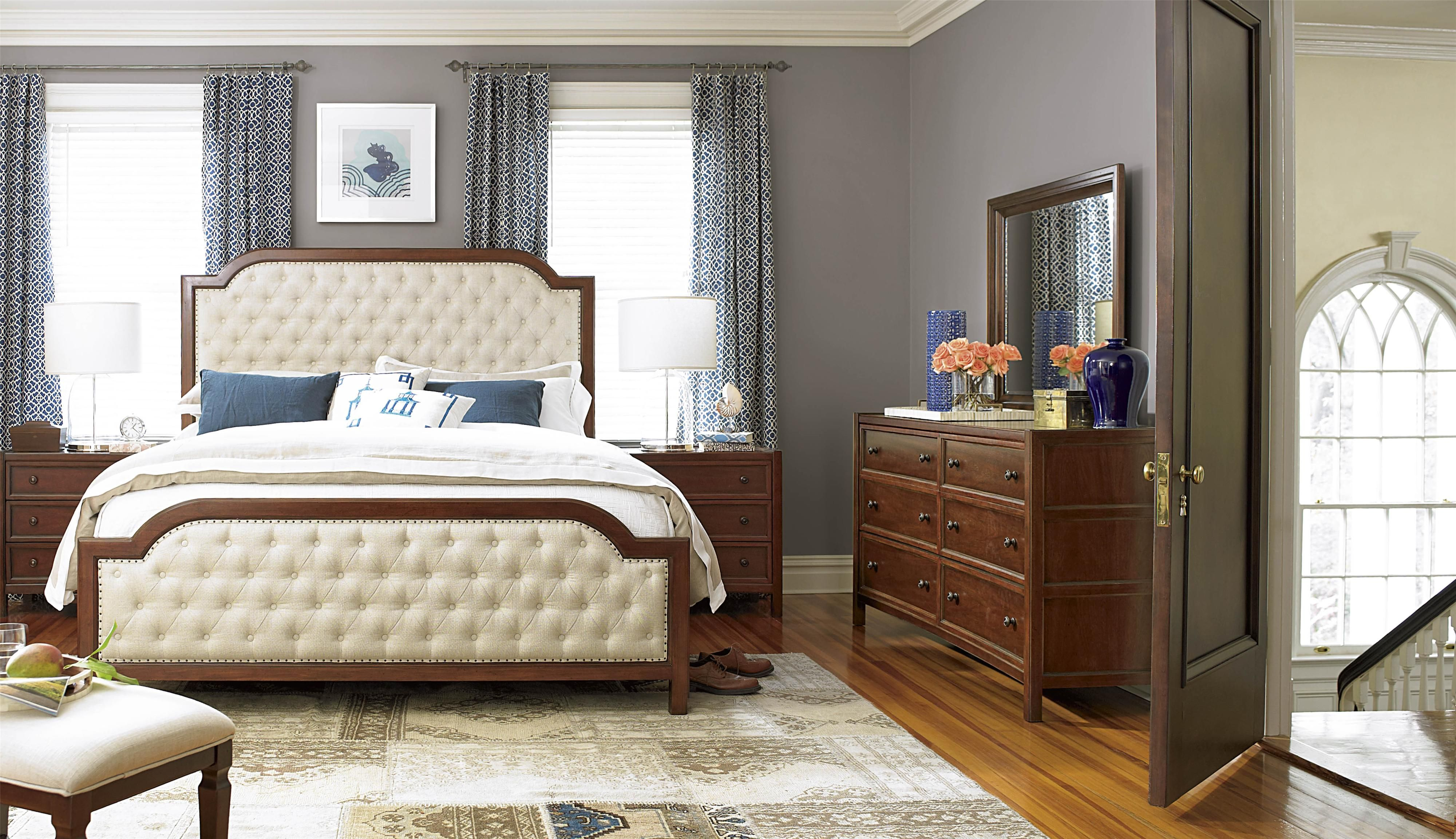 Universal Silhouette Queen Bed with Upholstered Headboard and