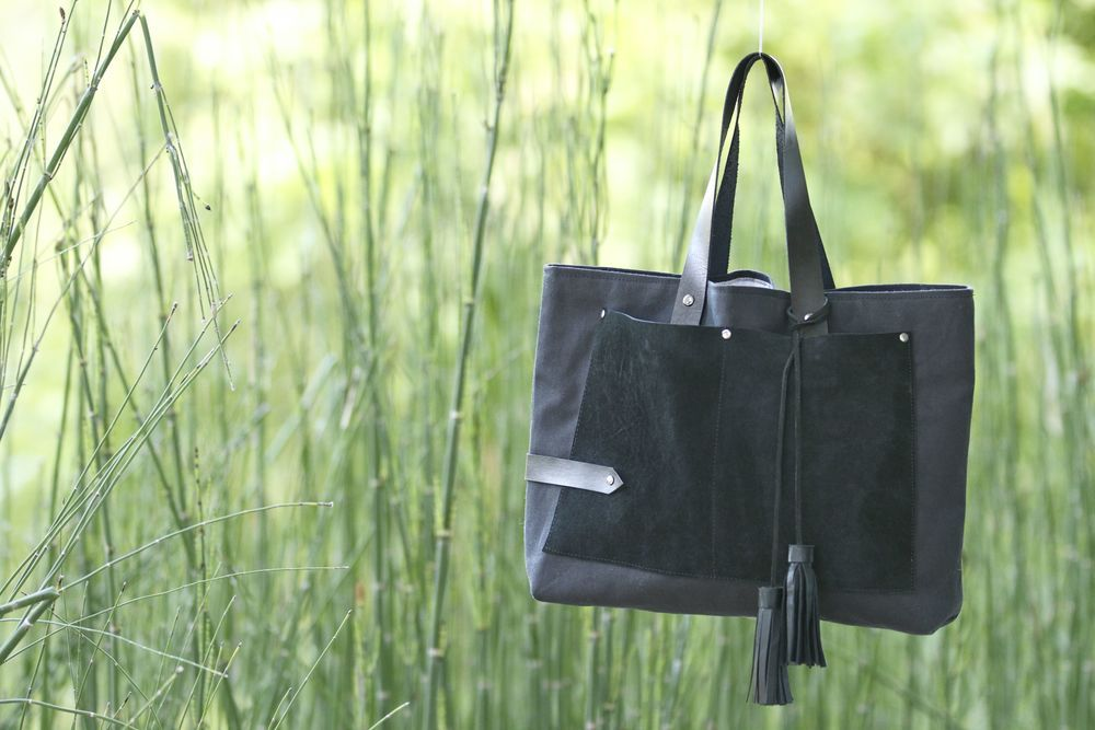 gorgeous accessories from Neva Opet #handbag #Atlanta #canvas #leather