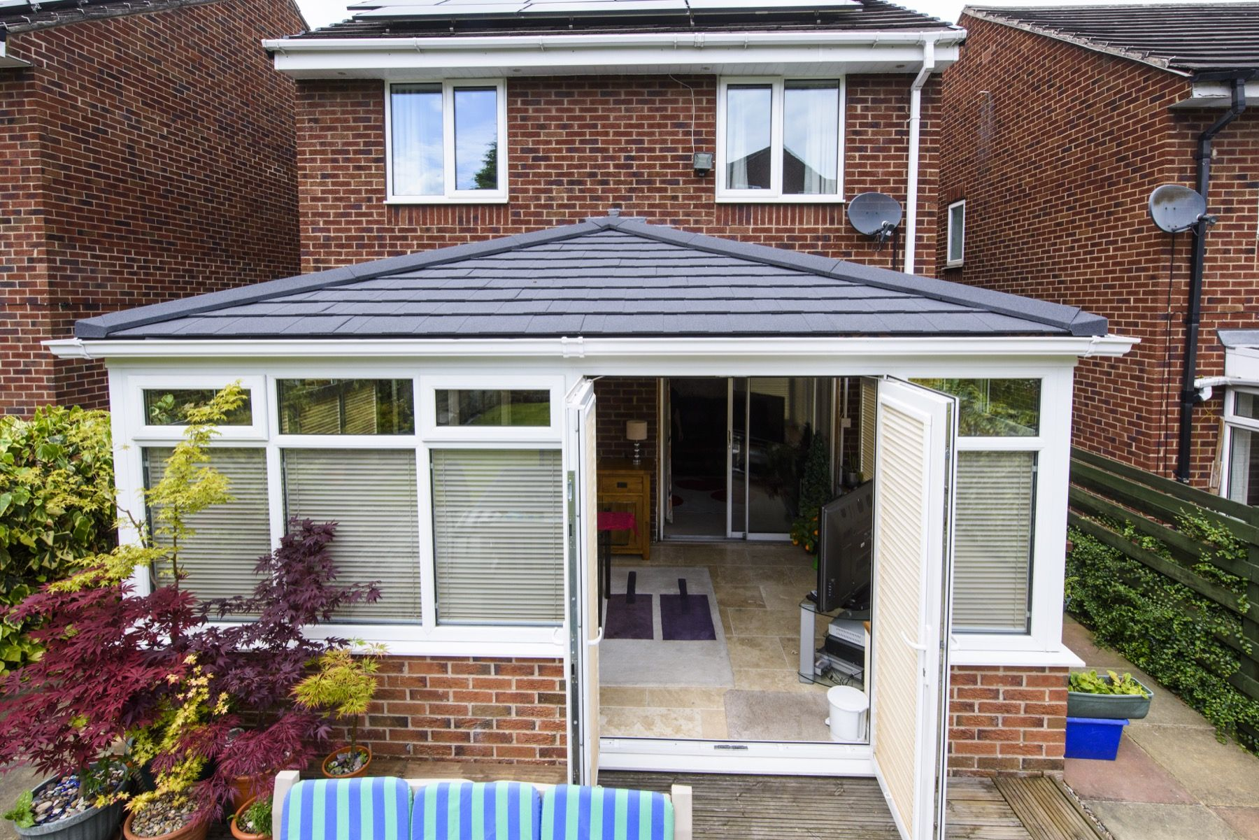 Ultraroofs In Hampshire Buy Now Pay Later Garden Room Roof Styles Roof Garden