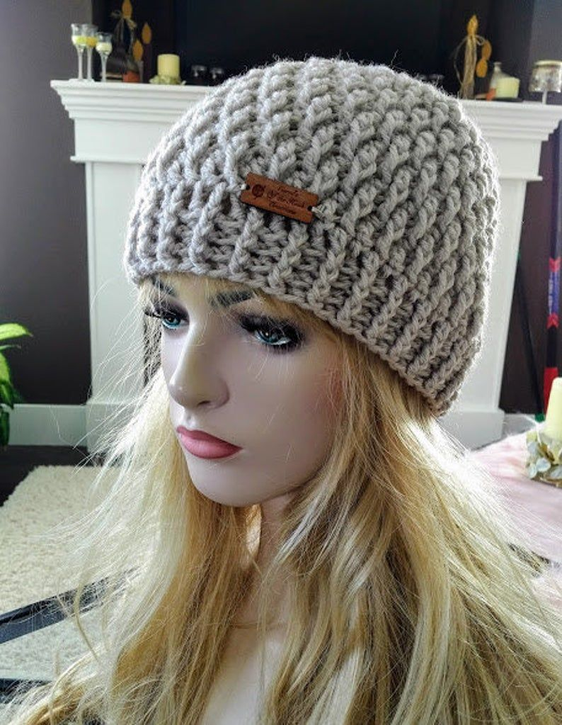 Crochet Beanie Pattern, Crochet Messy Bun Hat Pattern, Messy Bun Hat Pattern, Beanie Pattern, Messy Bun Pattern, Crochet Hat Pattern