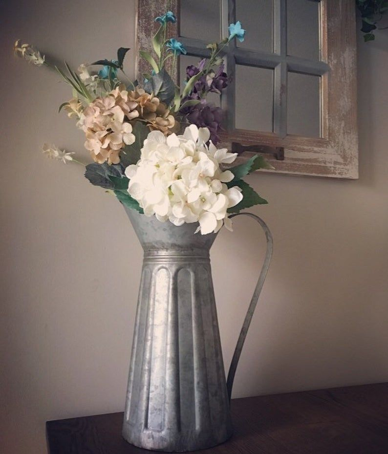 Farmhouse floral arrangement in 2020 floral arrangements