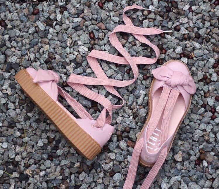new product e3ac1 472b9 Puma Rihanna Fenty NEW Pink Bow Creeper Sandals 6 Leather ...