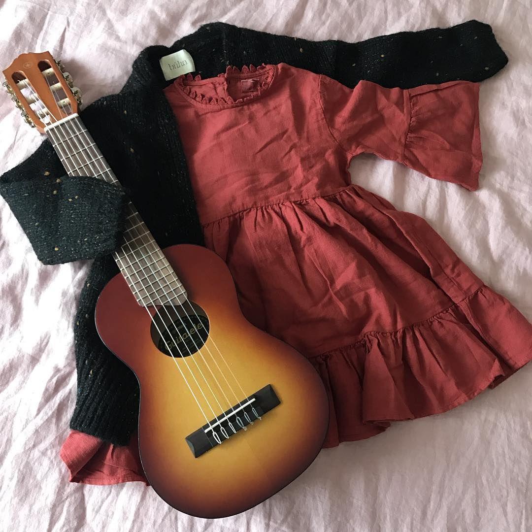Vestido de invierno y cardigan de la marca Búho Barcelona que encontraréis  en nuestra tienda online 34d481ba4ae