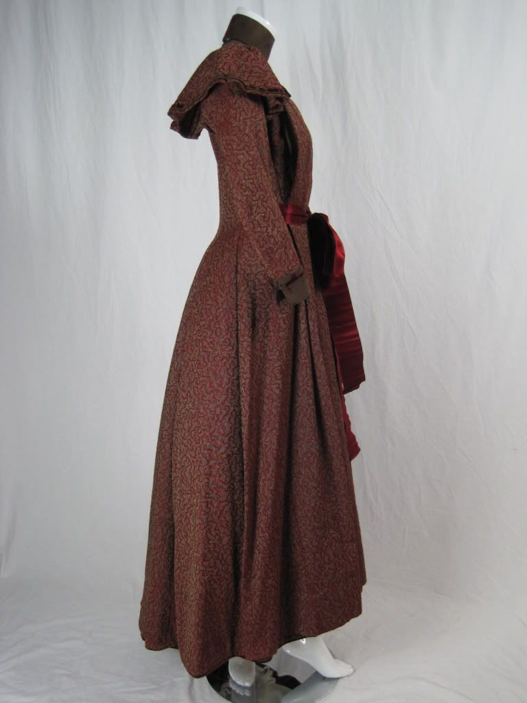 The Dress Diaries: Historical Maternity Wear