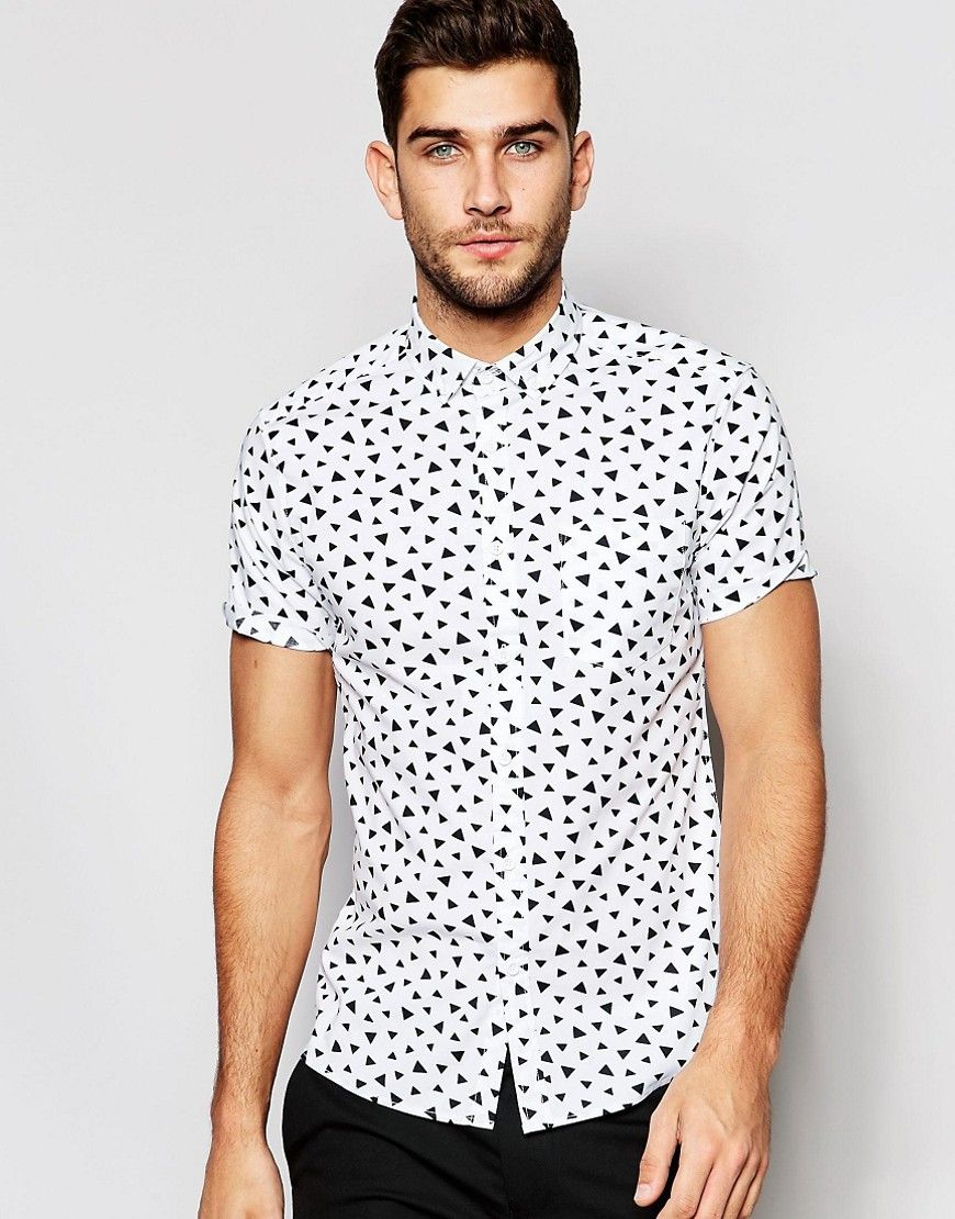 Image 1 of ASOS Skinny Shirt In White With Triangle Print In Short Sleeve  Camisas Entalladas 3f36f5a34d5c4