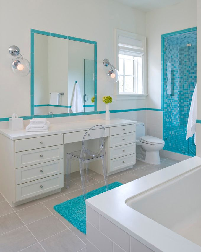 como combinar blanco viejo y azul turquesa en baño ...
