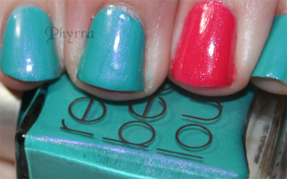 Rescue Beauty Lounge Fan Collection Aqua Lily. Click through to see more!