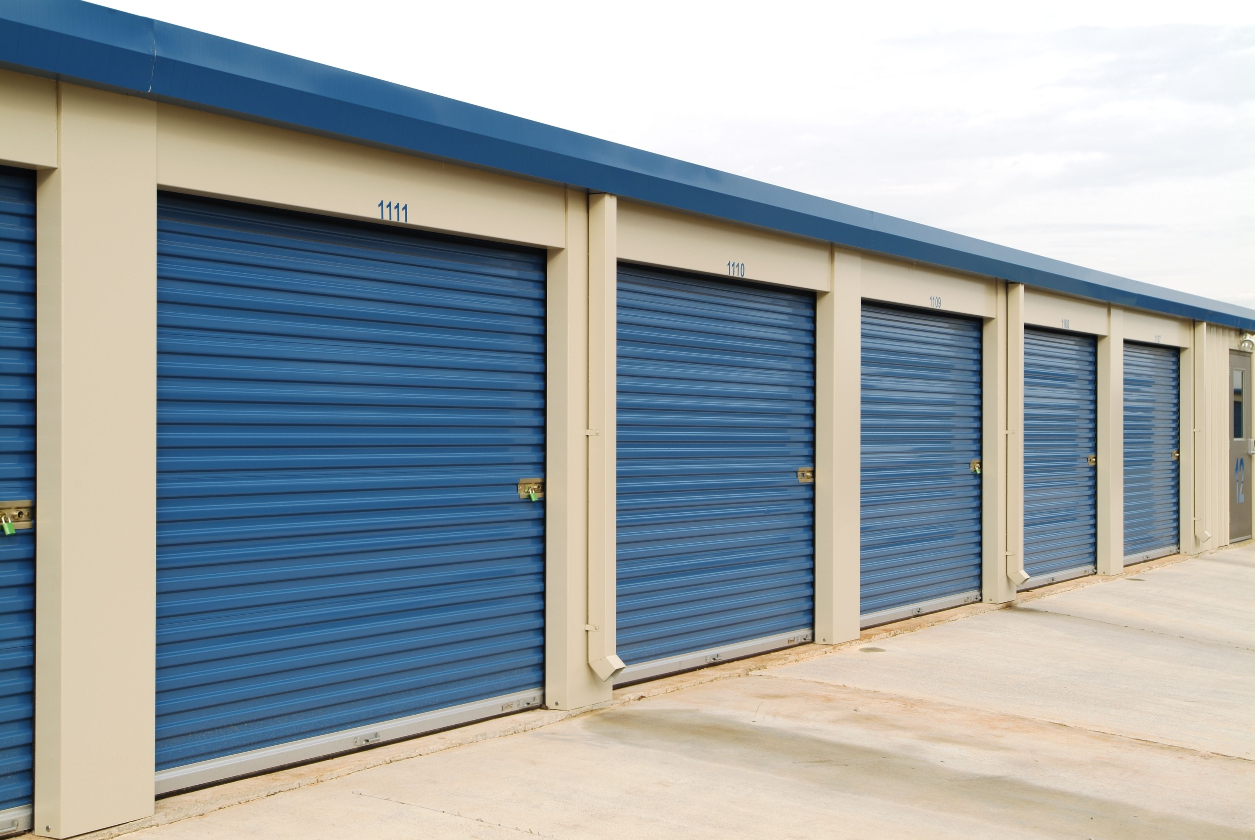 Commercial Roll Up Doors Are Designed To Give Your Building The