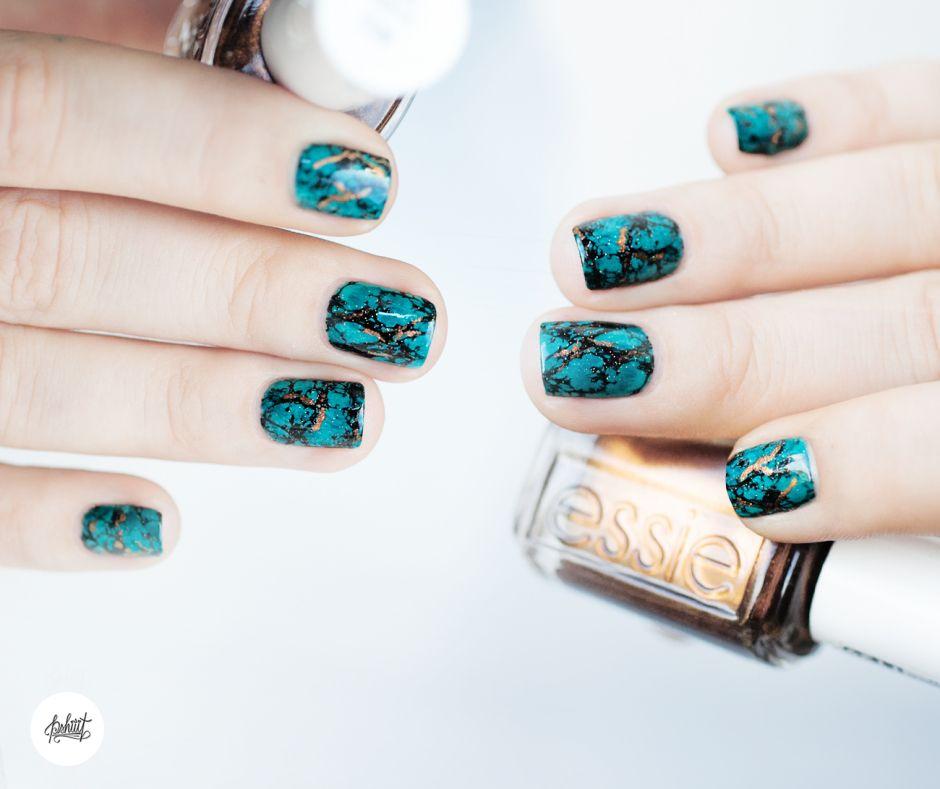 -Tuto Nail art- L'effet Pierre Turquoise