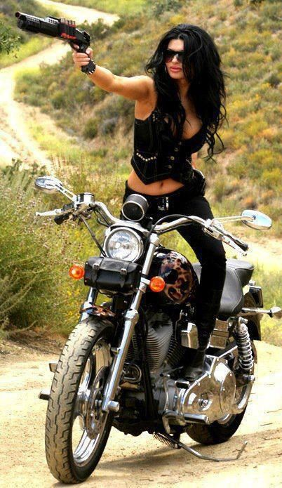 Harley Girl Guns And Bikes What More Do I Like Rgrips Com