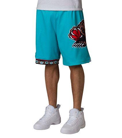 1618efa2f9 MITCHELL AND NESS MENS Vancouver Grizzlies NBA Shorts Medium Green ...