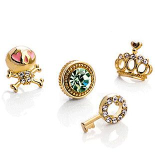 Sweet Priestess Stationed Stud Earring Set